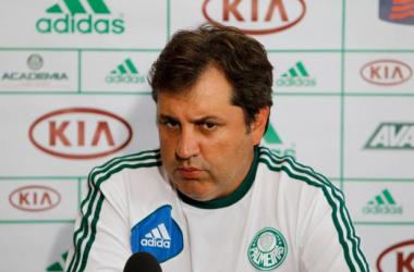Gilson Kleina quer um time ofensivo na busca pela vaga na Série A em 2014 (Foto: Gazeta Esportiva)