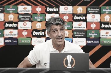 Imanol Alguacil en rueda de prensa // Foto: Real Sociedad
