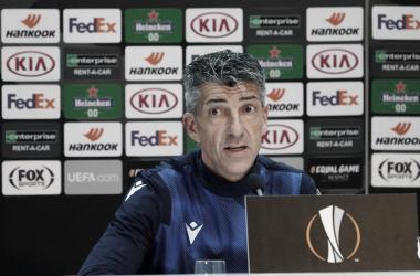 "Técnico da Real Sociedad, Imanol Alguacil valoriza empate na Europa League: ""Jogo difícil"""