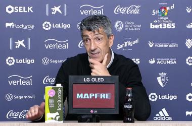 Imanol Alguacil, en la rueda de prensa posterior a la victoria de la Real en Pamplona. Foto: LaLiga.