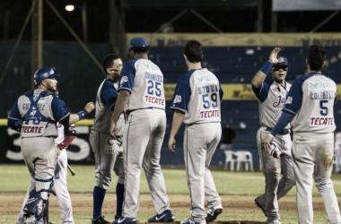 El balance de bateo y pitcheo le dio a Jalisco la victoria | Foto: Charros de Jalisco