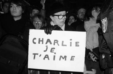 Manifestante place des Terreaux à Lyon.Sara Chalbos