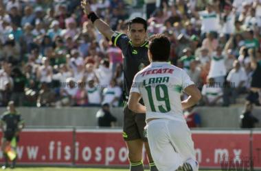 Jesús Lara festejó su primer doblete con la casaca verde y blanca (Foto: Victor Gómez   VAVEL)