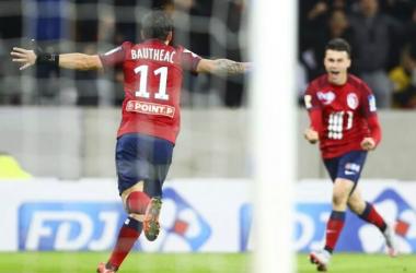 Éric Bauthéac célébrant son but, le quatrième pour Lille. Twitter Lille OSC