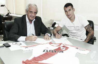 Auzqui pasó con éxito la evisión médica y firmó contrato hasta junio 2021 (Foto: LPM).