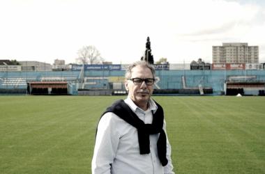Alberto Lecchi en conferencia.