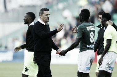 Nova era: técnico Óscar Garcia inicia transformação no Saint-Étienne