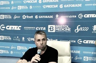 """Gustavo Álvarez: """"Tomé la decisión de no continuar al frente del equipo"""". Foto: TemperleyOK."""