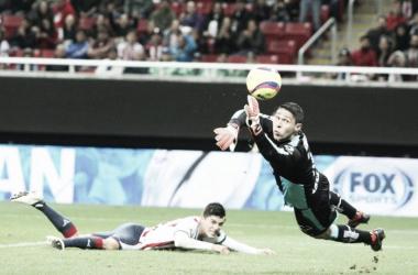 Ronaldo Cisneros no anduvo fino está noche   Foto: La Jornada