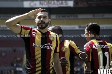 Valadéz marcó el tercer gol de los universitarios | Foto: Fabián Meza / VAVEL