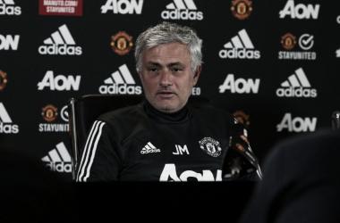 """José Mourinho: """"Quiero que se queden Blind y Darmian"""""""