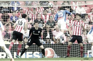 David López, en el momento de marcar el gol / Foto: LaLiga Santander.
