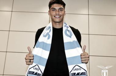 Correa en su llegada a Roma | Foto: SS Lazio