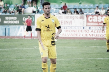 Gonzalo Poley en un partido con el Villanovense. | Foto: villanovense.es