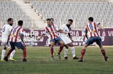 Acción del anterior parido de liga en La Victoria. Foto: Real Jaén-BestPhotoSoccer