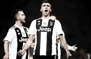 Mandzukic marca e Juventus derrota Valencia pela Champions League