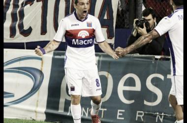 Montillo festeja su gol. Foto: Sitio oficial.