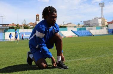 El Melilla apura sus escasas opciones a Play-off