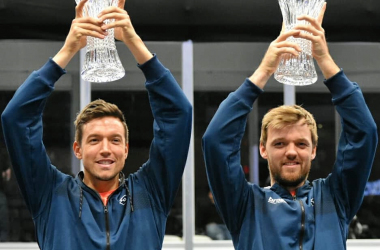 Mies (l.) and Kraweirz (r.) hold up their championship trophies/Photo: John Lupo/VAVEL UK