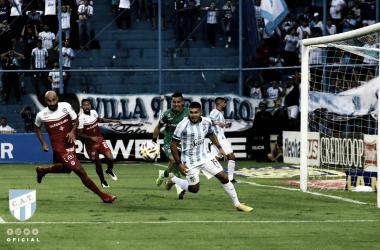 El Decano y el Bicho Igualaron sin goles en un entretenido partido. Foto: Sitio Oficial del Club Atlético Tucumán.