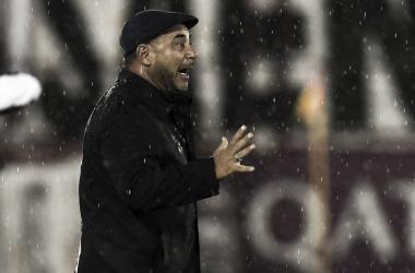 """Mohamed: """"La responsabilidad es toda mía si Huracán no gana"""""""