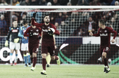 Salzburg cresce em casa, vence de virada, mas Napoli avança na Europa League
