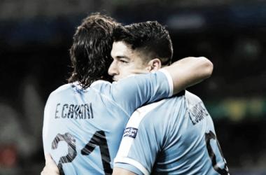 Cavani e Suárez, a dupla que decide para o Uruguai