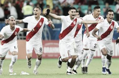 """Ídolo peruano, Paolo Guerrero vibra com classificação sobre Uruguai: """"Temos garra"""""""