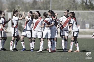 Las jugadores del Rayo Femenino en uno de los partidos de la Liga Iberdrola 2018/19. | Foto: Rayo Vallecano S.A.D.