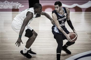 Argentina enfrenta a Venezuela. Foto: FIBA