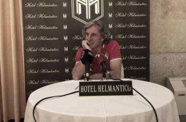 """Roberto Aguirre: """"De la Nava sigue siendo duda, hablaré con él mañana"""""""