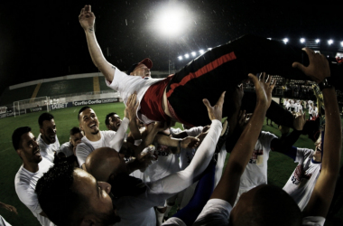 Bragantino derrota Guarani e sacramenta retorno à Série A após 22 anos