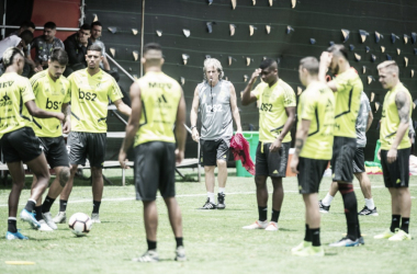Treino do Flamengo na quinta-feira (21), em La Videna (Foto: Reprodução/Conmebol)
