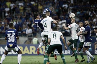 Cruzeiro joga mal, mas derrota Uberlândia no Mineirão