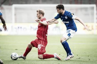 Schalke 04 arranca empate com Union Berlin, mas segue sem vencer há 12 jogos