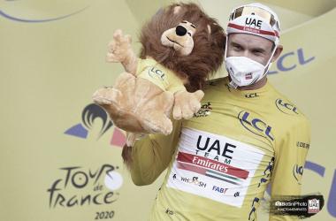 Victoria de Alexander Kristoff en la accidentada etapa en Niza