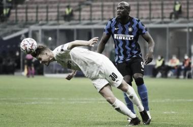 Lukaku faz dois, mas Internazionale empata com Mönchengladbach na estreia da Champions
