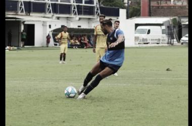 Enzo Díaz anotando su gol. El ex Ferro buscará recuperar terreno (Foto: Prensa Tigre).