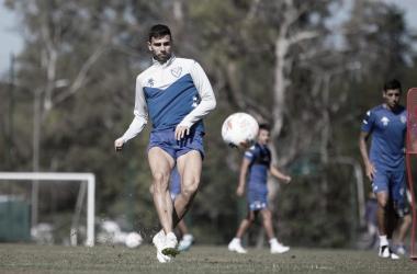 Lautaro Gianetti entrenando en la Villa Olimpica. Foto: Velez.com