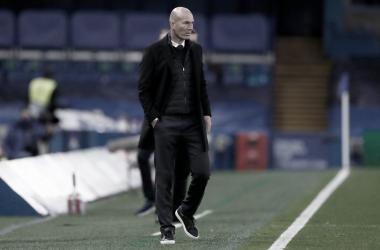 Zinedine Zidane, uno de los más señalados de Stamford Bridge. |Foto: @realmadrid