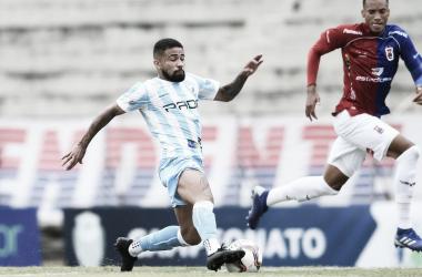 Douglas Santos marca e Londrina garante classificação no Paranaense