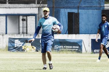 """Bruno Pivetti lamenta atuação do CSA contra o Náutico: """"Alteramos nossa identidade"""""""