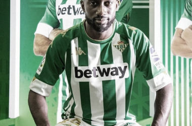 Youssouf Sabaly en el vestuario del Real Betis Balompié. Foto: yousouf_sabaly