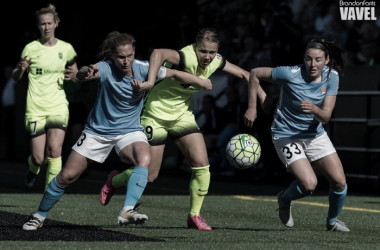 Merritt Mathias (center) is in her third season with Seattle Reign | Source: Brandon Farris - VAVEL USA