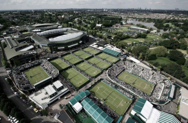 The majestic grass courts of the All England Lawn Tennis and Croquet Club | Photo via Wimbledon