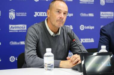 Víctor en rueda de prensa/ Foto:Real Zaragoza