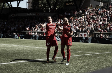Portland Thorns shutout the Washington Spirit 4-0, and they are closer to earning a playoff spot. Photo: Craig Mitchelldyer - Portland Thorns