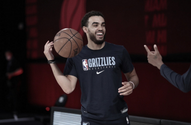 Tyus Jones Out At Least One Week