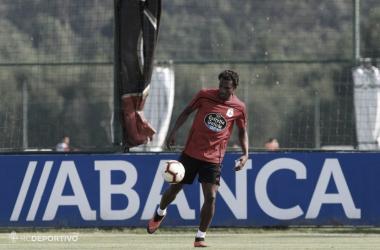 Didier Moreno se entrena por primera vez en Abegondo