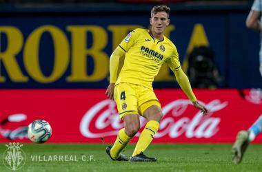 Pau Torres en acción durante el partido / Foto: Villarreal C.F